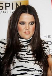 Hairstyles-khloe-kardashian-layered-straight