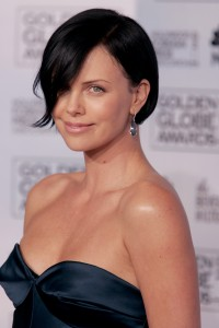assymentrical-bob-hairstyle-with-aeon-flux-of-charlize-theron