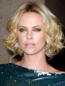 charlize-theron-short-hairstyle-curly-bob