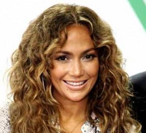 jennifer-lopez-hairstyle-long-curls
