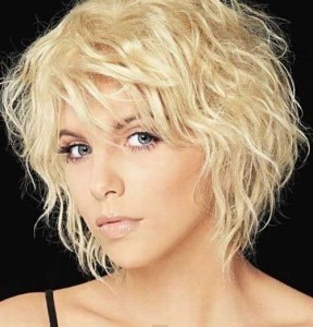 short-curly-bob-hairstyle-for-thin-hair