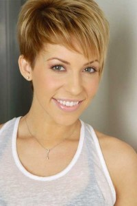 hottest-hairstyle-for-girls-Pixie cut