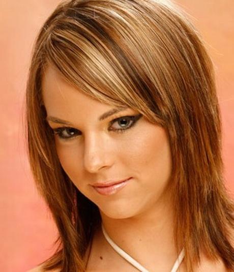 Latest Medium Layered Haircuts for Women Dark brown layered hair