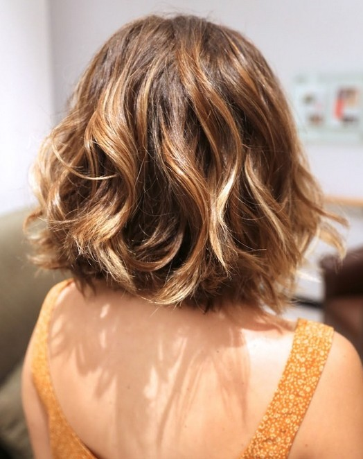 Short Hairstyles for women Curly bob cut