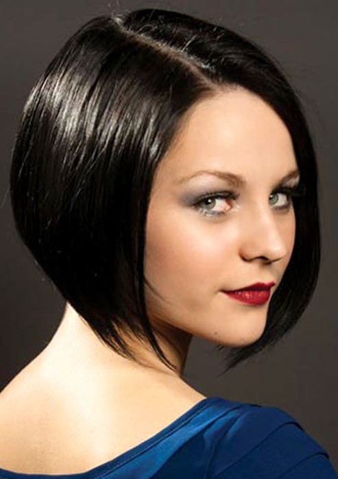 Short Hairstyles for women Side parted cut