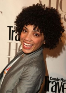 african-american-short-hairstyles-fluffy-heavy-curls