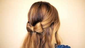 bow-pony-tail-holiday-party-hairstyle