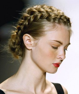 braids-and-buns-hairstyle-for-spring-season