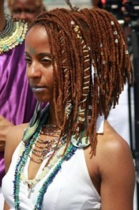 dread-lock-with-hair-head-band