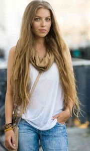 extra-long-hair-hairstyle-which-will-help-you-to-look-younger